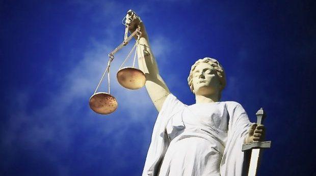 En rättegång där grundläggande rättvisa avvisats redan innan den börjar