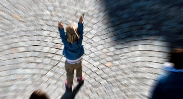 Sverigedemokraten Kent Ekeroth vill stämpla barn som brottslingar