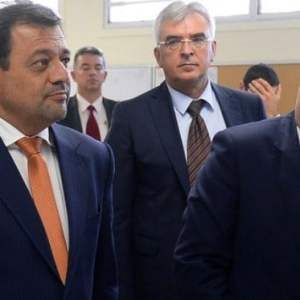 МЕГА СКАНДАЛ: Заев и Анѓушев вмешани во криминал тежок 200 милиони евра, заедно со Руси!