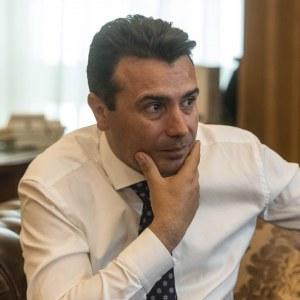 Заев: Зафировски ми е советник и има врски со Макрон, а Алекс Ружин носи инвеститори!