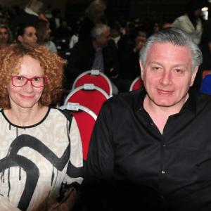 Бобо Дајнерс, има швалерка во Белград?
