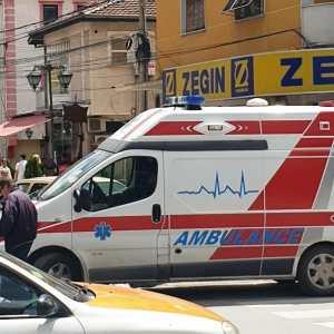ГОЛЕМА ТРАГЕДИЈА ВО ВЛАЕ: Дете паднало во кома откако се повредило на игралиште