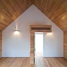 Slit House 16