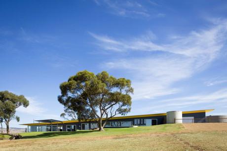 Длинный дом в Австралии