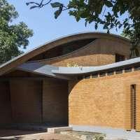 Кирпичный дом в Индии 4