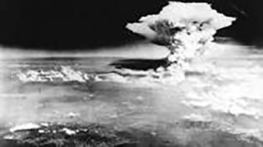 Hiroshima:1ère bombe atomique explose
