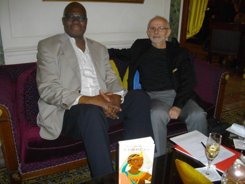 Kama Sywor Kamanda et un journaliste français