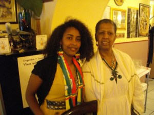 1er mars 2014: journaliste Haimanot(g) et une compatriote