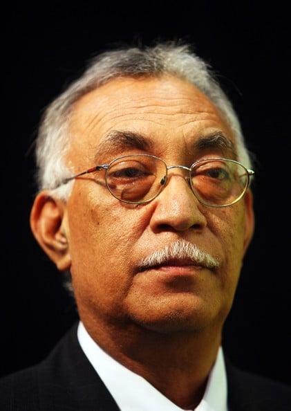 L'actuel premier ministre  Toke Tufukia Talagi