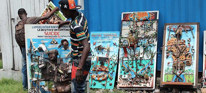 Quelques tableaux de l'artiste Emmanuel Botalatala.