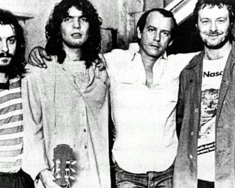 De izquierda a derecha: Juan Carlos Baglietto, Santiago Feliú, Silvio Rodríguez y Leon Gieco.