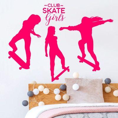 Adesivo de Parede Skate Menina