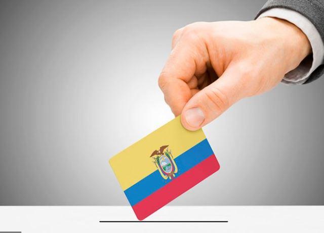 las elecciones generales del Ecuador en la zona de Ottawa-Gatineau, mediante la modalidad postal; y, a través del gobierno de la Provincia de Quebec, ha autorizado la realización de las elecciones generales del Ecuador en la zona de Montreal de manera presencial.