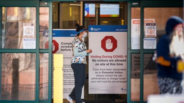 Ontario emite orden de emergencia para reforzar la capacidad hospitalaria