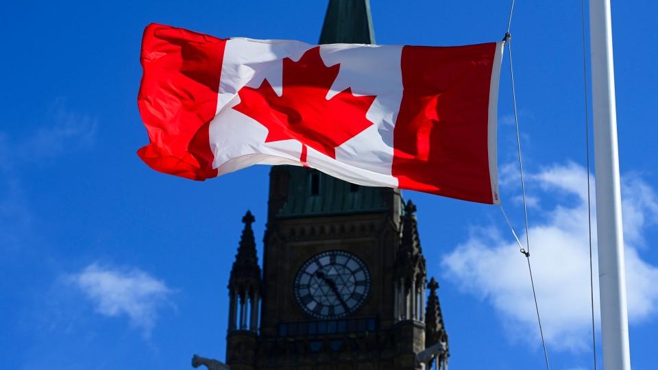 Grupos piden cancelar el 'Canada Day' tras el descubrimiento de los cuerpos  de 215 indígenas   Magazine Latino