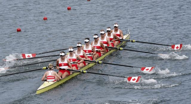 El equipo de remo femenino de Canadña gana el oro en Tokio 2020