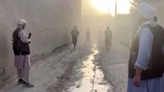 Numerosas víctimas tras un atentado en una mezquita en Afganistán