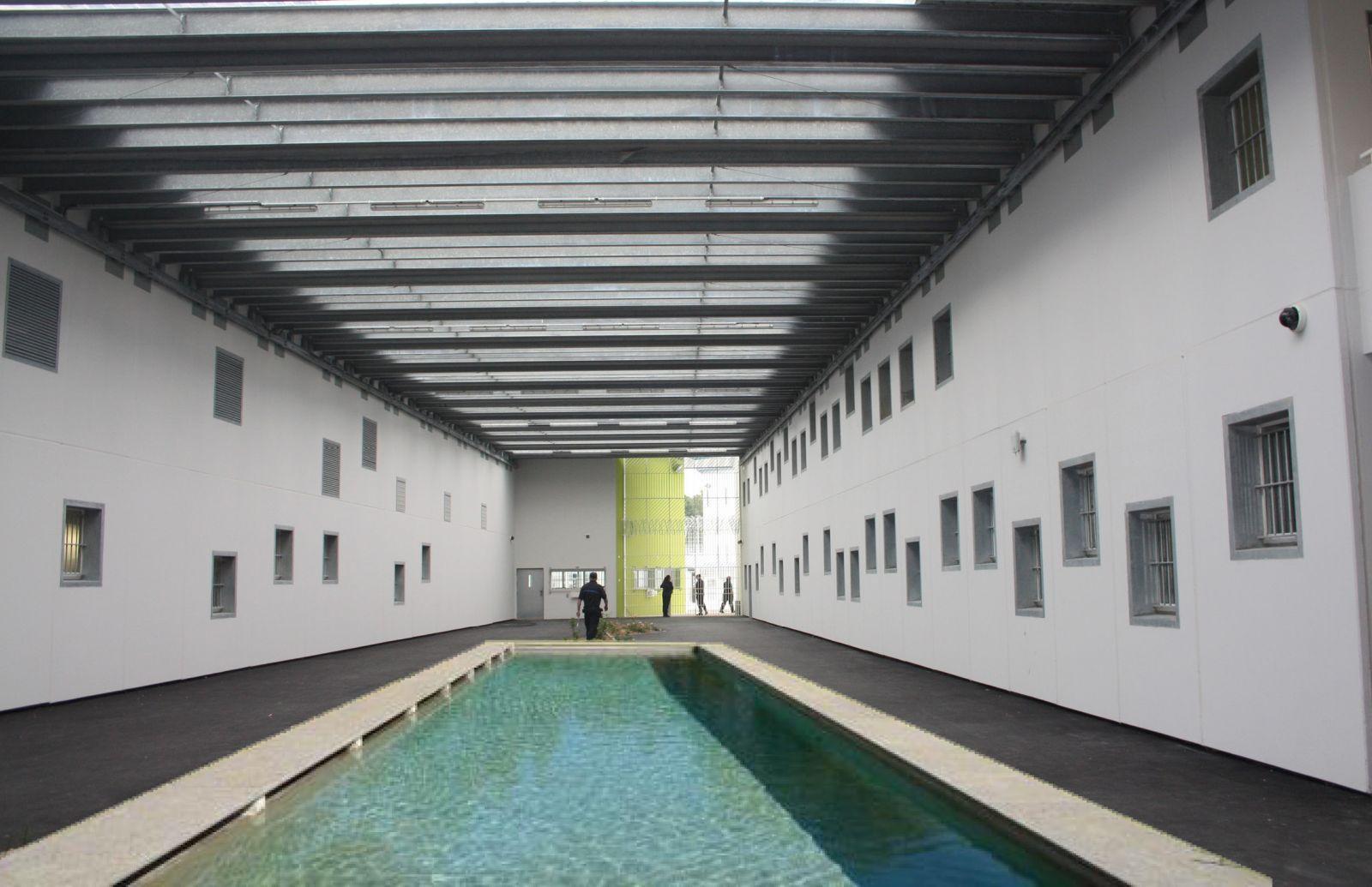 Loiret   la prison de Saran les dtenus ont droit  une piscine   Magcentre