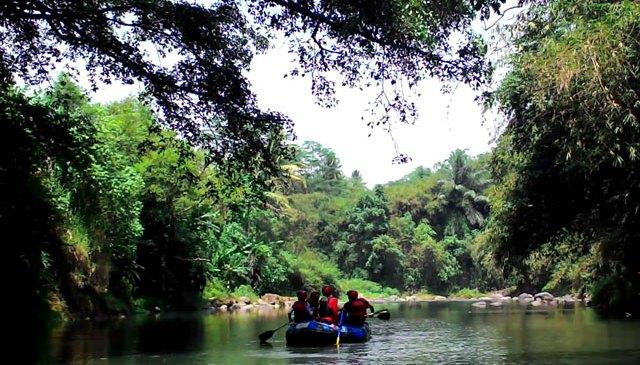 Menyusuri Keindahan Kali Elo bersama Progo Rafting