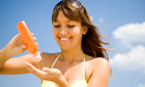 Top 5 Myths About Sunscreen That You Need To Get Rid Of