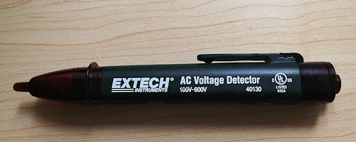 DSCF2429Voltage Detector