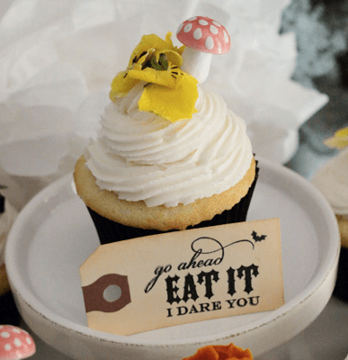 {DIY ~ lemonade cupcakes [YUM!]}