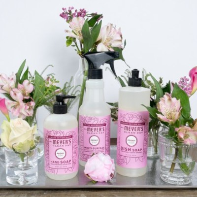 A FREE Mrs. Meyer's Spring Cleaning Kit, plus 3 of my secrets!