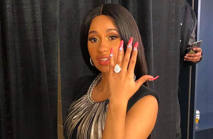 Cardi B S Engagement Ring From Offset Cost 550 000 Magic 103 7