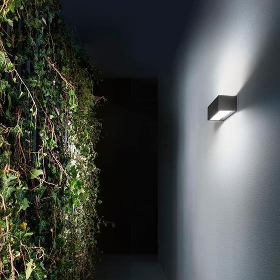 GEA LUCE LAMPADA A PARETE DA ESTERNO RUHM COLORI: BIANCO, ANTRACITE E RUGGINE