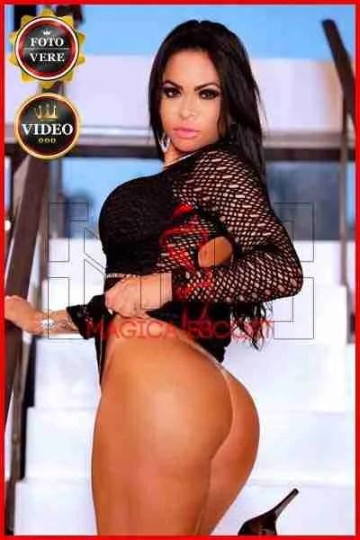 Girl escort brasiliana Daniela Mendes. Magica Escort