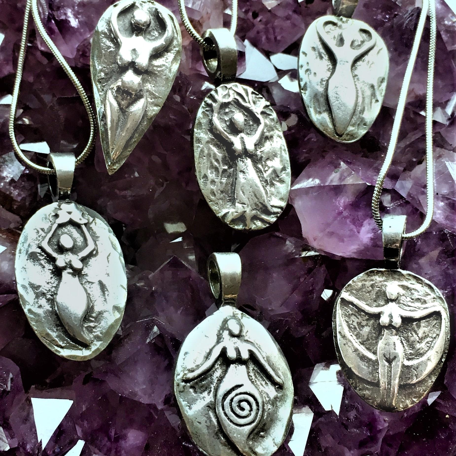 amulets of avalon goddess