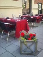 Bord och blommor