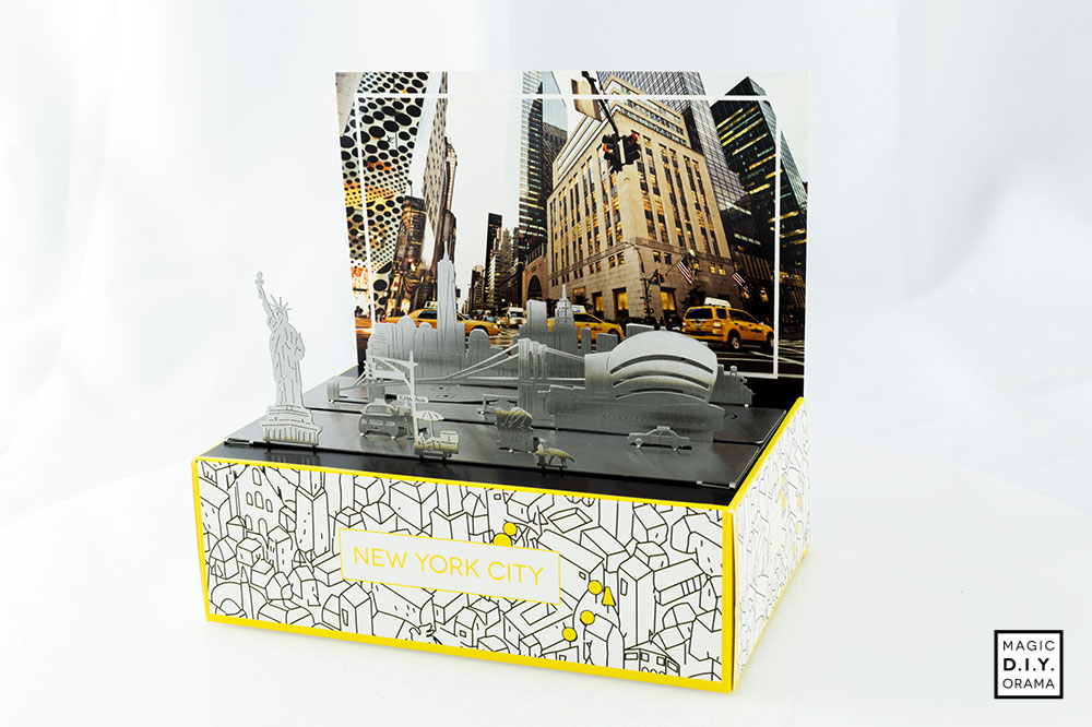 Diorama New York stainless steel postcard