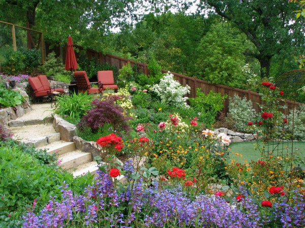 custom landscaping oakland