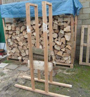 Blog de magicmanu :Aménagement de notre maison, Chevalet scie bûches bois