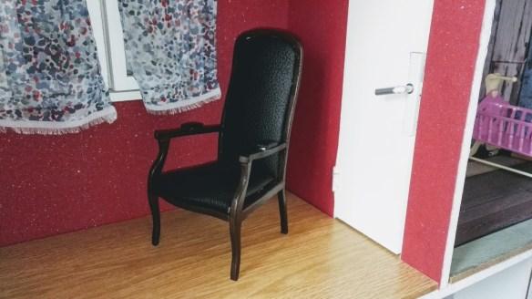 fauteuil-voltaire-miniature