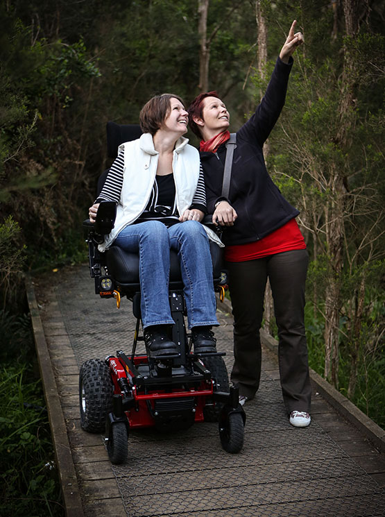 Frontier V4  OffRoad RWD Electric Wheelchair  Magic