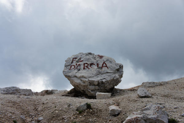 Pelmo Pelmetto Dolomiti giro del Pelmo forcella Val dArcia via normale al Pelmo cengia di Ball