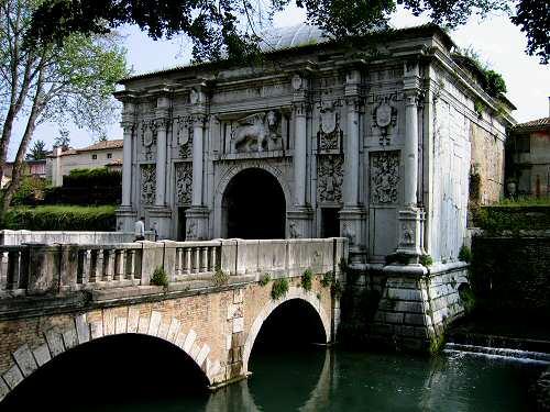 citt di Treviso  tra Sile e Cagnan e le mura veneziane