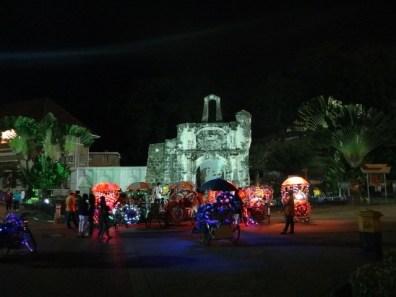 Porta De Santiago (and trishaws)