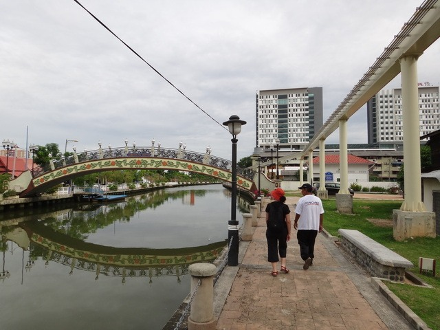 Melaka river and the not running monorail