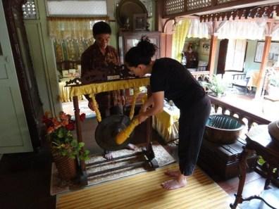 Tanya and wishing gong Melaka