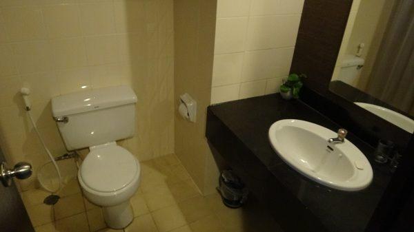 Royal Diamond Hotel - Bathroom