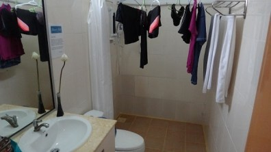 Beach Club Resort Sihanoukville - Superior Poolside Room - Bathroom With Washing