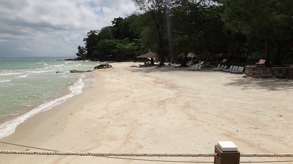 Independence Beach, Sihanoukville - Clean Beach
