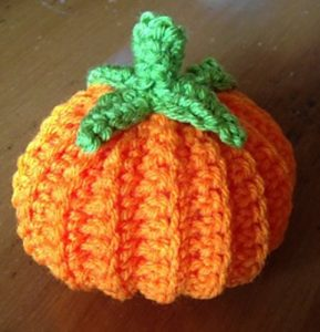 Easy Pumpkin Decoration di Tara Cousins