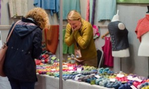 Uno stand dell'Edinburgh Yarn Festival, foto