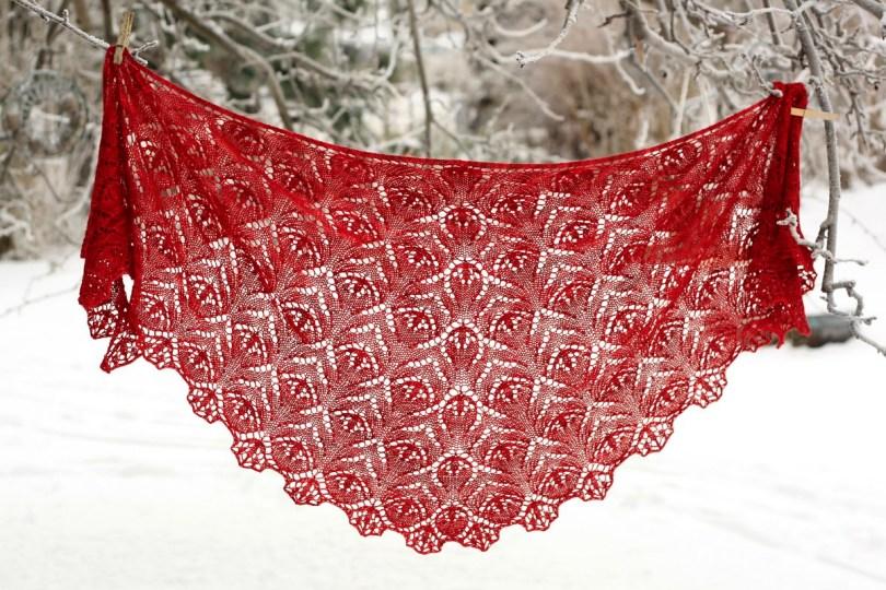 Red Lily Mia Rinde accessori in rosso