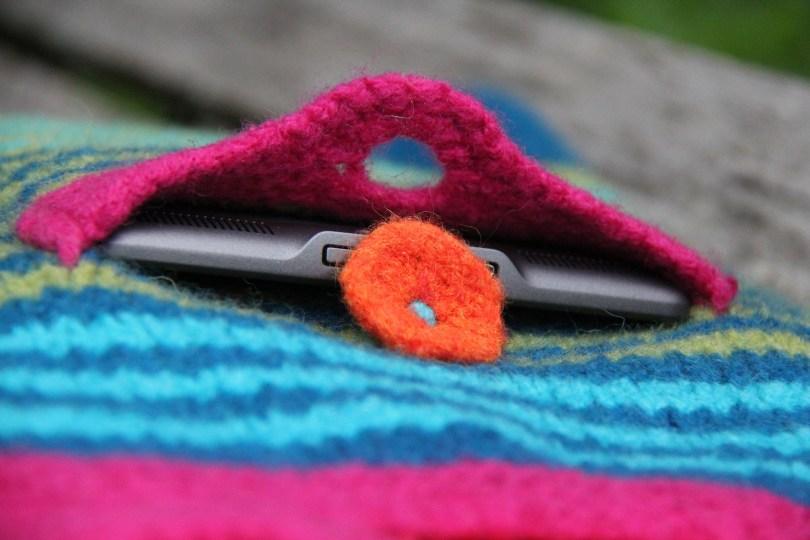 Kangaroo Bag Lucy Neatby custodie per i vostri accessori elettronici