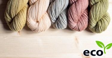 Matassine di lana tinta naturalmente